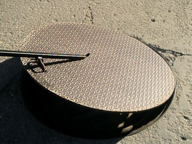 Sump Well Manhole Cover Lifter