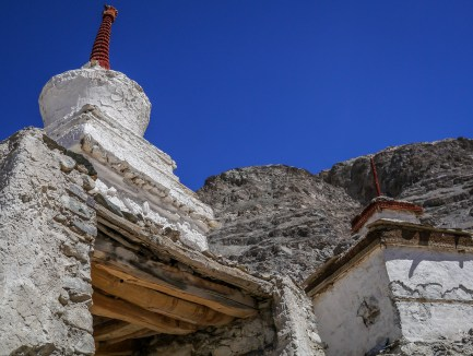 Chortens in front of Zamskhang Palace