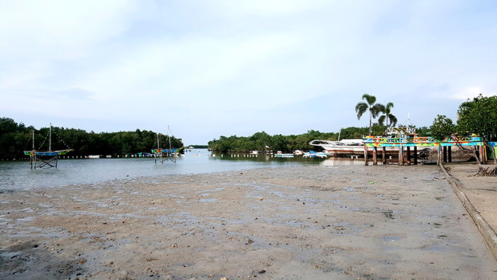 馬克坦島,景點