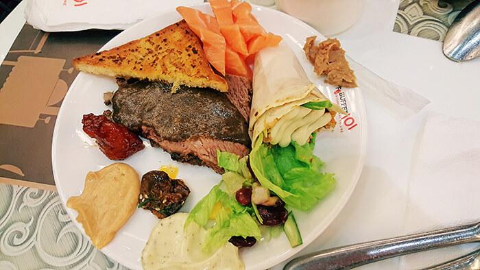 吃到飽餐廳,牛肉