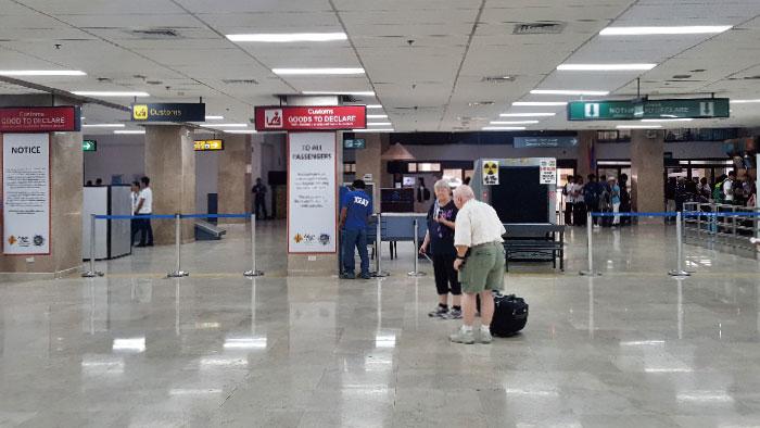 cebu-airport-arrive-003