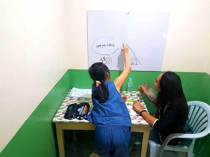 選擇適合孩子們有趣又豐富的內容授課