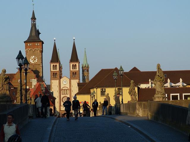 Wurzburg - Alte Mainbruecke, Old Bridge