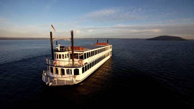 Lakeland Queen Cruise