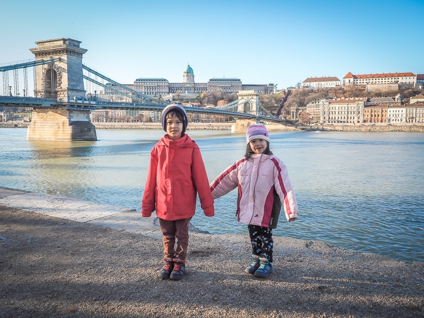 kids have fun in budapest
