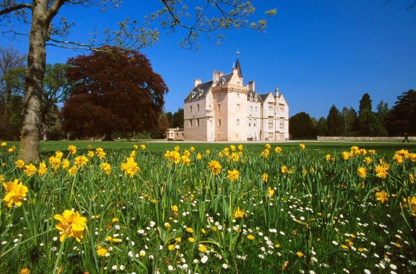 the garden of Brodie Castle