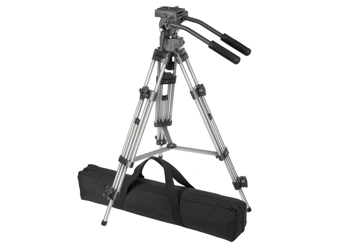 Ravelli AVTP Professional Tripod with Fluid Drag Head (Editors Pick)