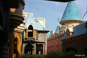 Unfinished architecture at Beijing's Wonderland Amusement Park.