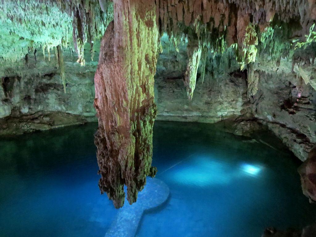 Cenote Suytun, Yucatan