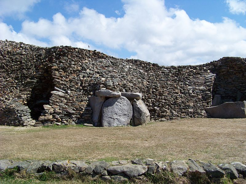 BARNENEZ - 4850 BC: Oldest Buildings In The World