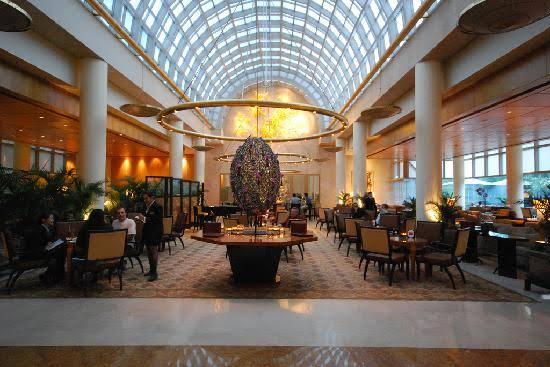 A luxury dinner at The Ritz-Carlton, Millenia