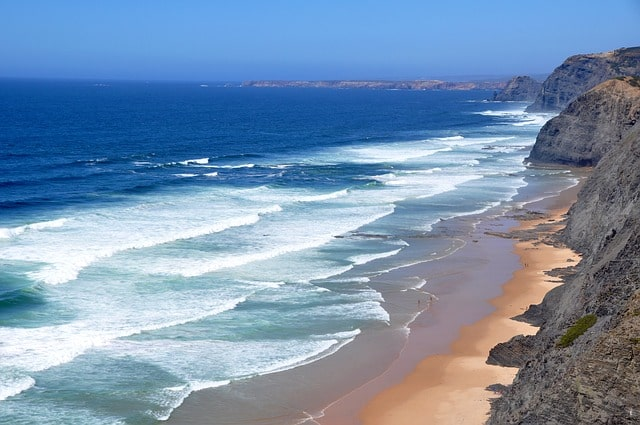 Algarve, Portugal: Cheap Tropical Vacations