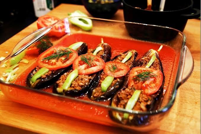 Karniyarik (Stuffed Eggplant)
