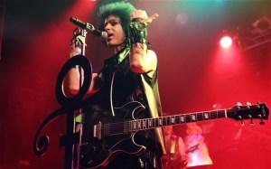 Prince at Mic
