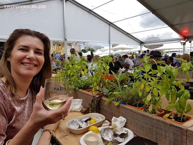 Taste of Tasmania - Danae with wine and oysters