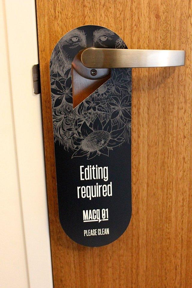 MACq 01 hotel room door sign