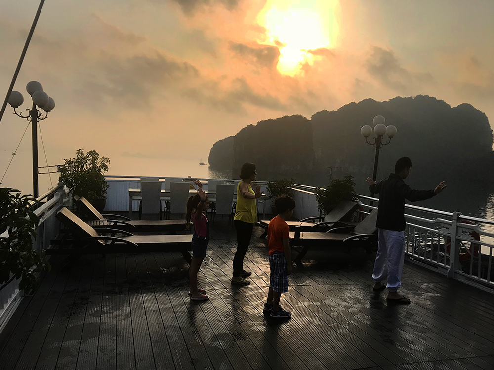Tai Chi -Halong Bay