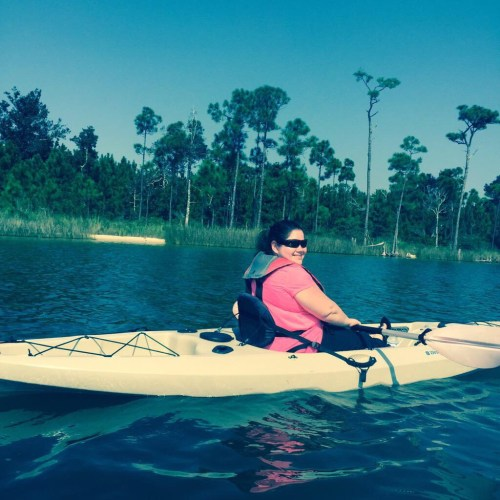 Tara chilling out on the Intercoastal Waterway figuring how much further she has to paddle!