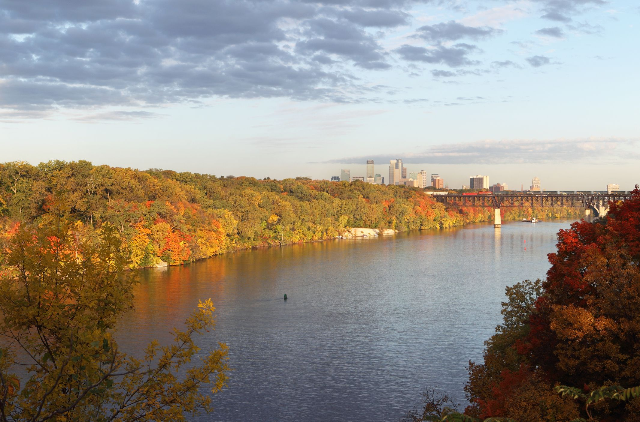 The Best Places To See Fall Foliage In Minneapolis And St
