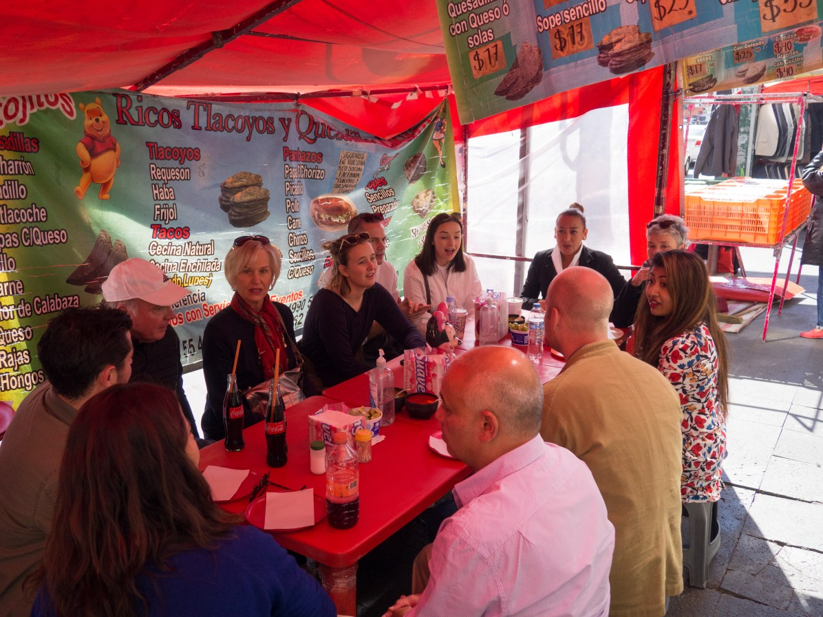 Fun group food tour with Tengo Hambre