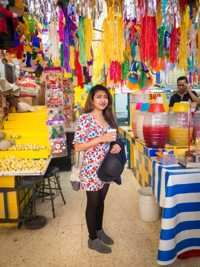 These colorful markets are must-see stops on the food tour