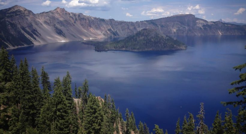 cropped-crater-lake-national-park1.jpg