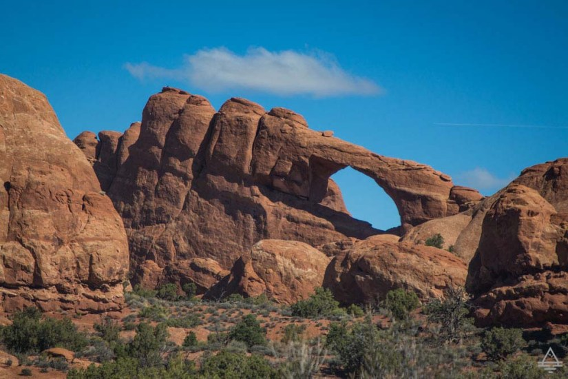 Arches National Park Scenic Drive-Skyline Arch