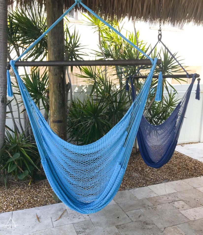 2 blue hammock swings