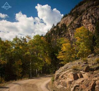 rocky-mountain-national-park-fall-river-road-trip