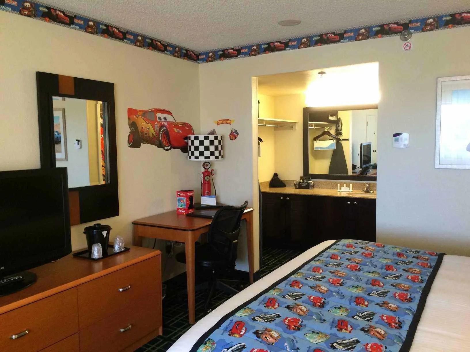 2 Bedroom Suites Near Disneyland Part - 24: 2 Bedroom Hotels Near Disneyland Ca Bed And Bath Stay Midweek .