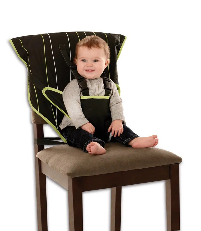 Cozy Cover Easy Seat Review: A High Chair You Can Throw in Your Diaper Bag