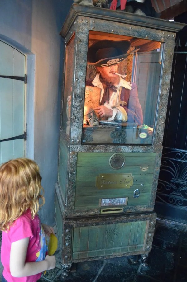 12 Cheap or Free Souvenirs at Disneyland: Pirate Red Cards