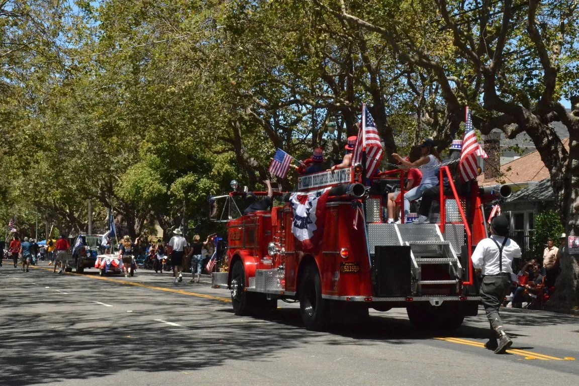 Alameda - July 4 Parade