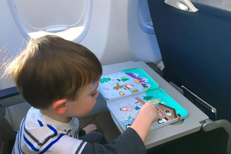 No iPad Necessary: 20+ Tech-Free Travel Entertainment Ideas for Kids