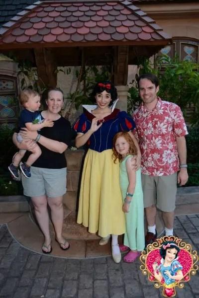 Disney Memory Maker Snow White Family