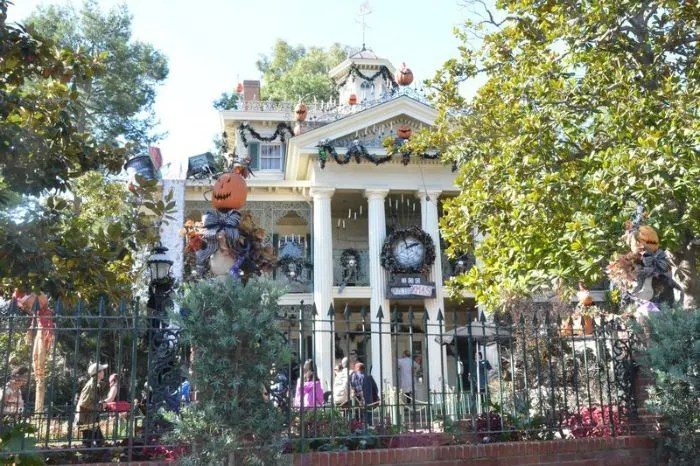 Halloween Time at Disneyland Haunted Mansion Holiday