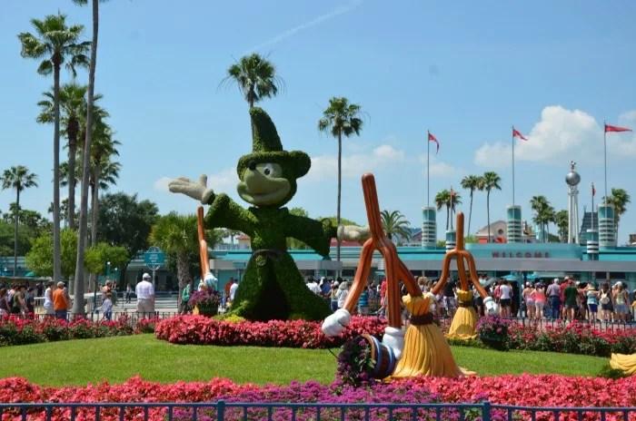 9 Tips for Flying to Walt Disney World