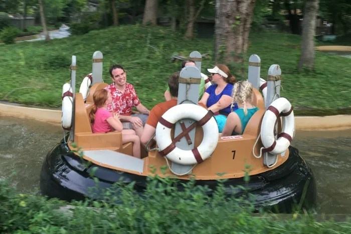 Dollywood with Kids - Water Ride