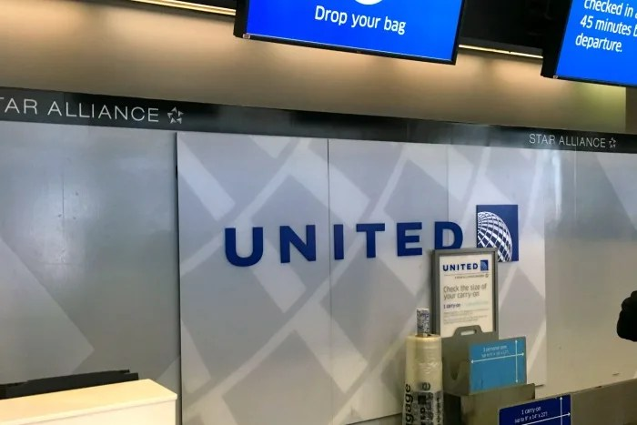 United with Kids - Bag Checkin SFO