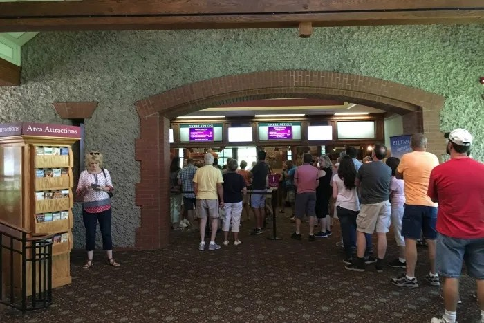 Biltmore Estate with Kids - Ticketing lines