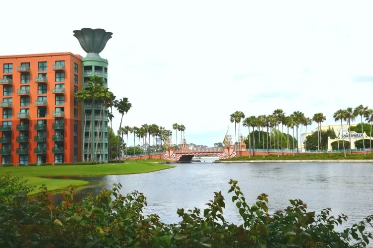 Travel Hacking Disney - Swan and Dolphin SPG Points