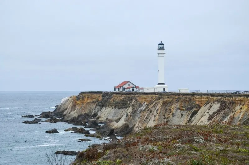 Summer Destinations in California for Families - Mendocino Lighthouse
