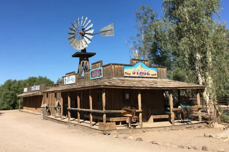Dude Ranch with Kids - White Stallion Ranch Western Building