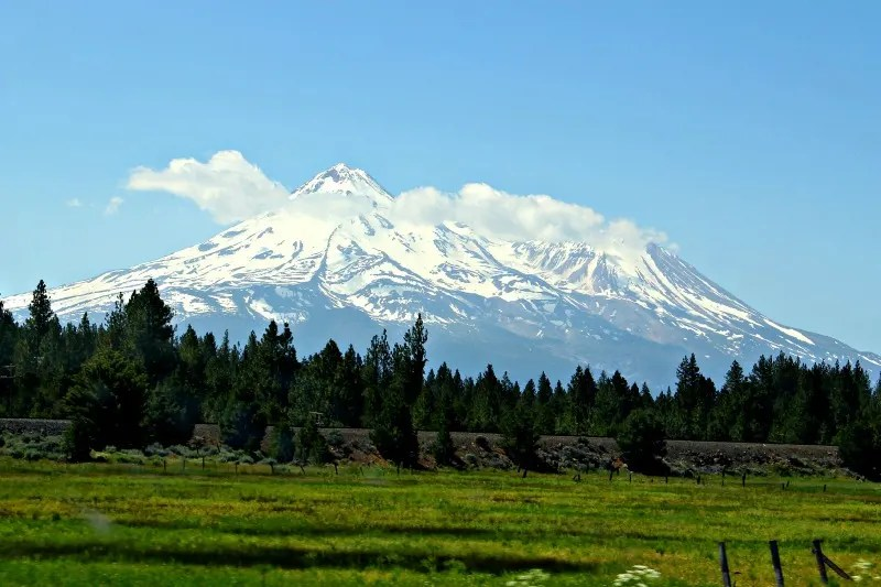 Winter Destinations in California - Mount Shasta