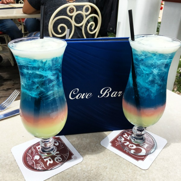 New at Disneyland Spring Summer 2018 - Cove Bar Replaced by Lamplight Lounge