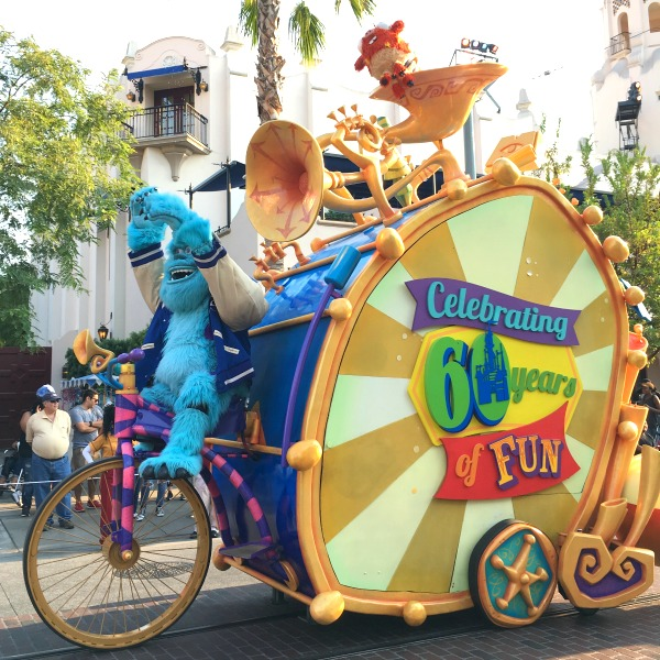 New at Disneyland Spring Summer 2018 - Pixar Play Parade