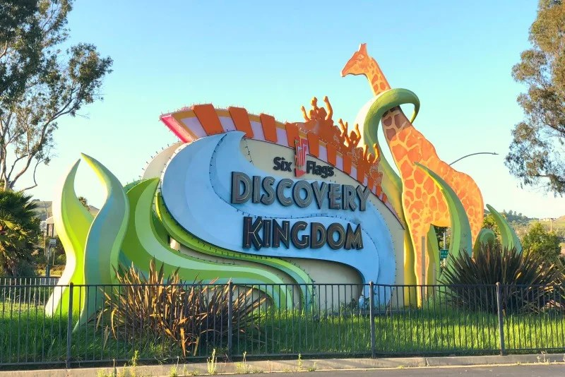 Tips & Tricks for Six Flags Discovery Kingdom - Trips With Tykes