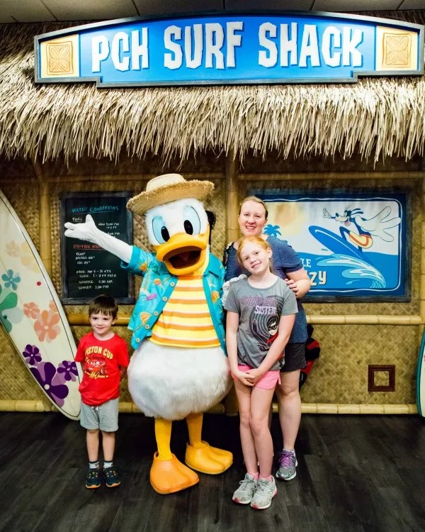 New at Disneyland Fall Winter 2018 - Donald Ducks Seaside Breakfast