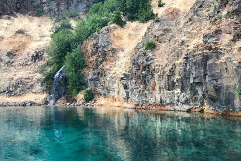 Volcano Road Trip - Crater Lake Waterfall