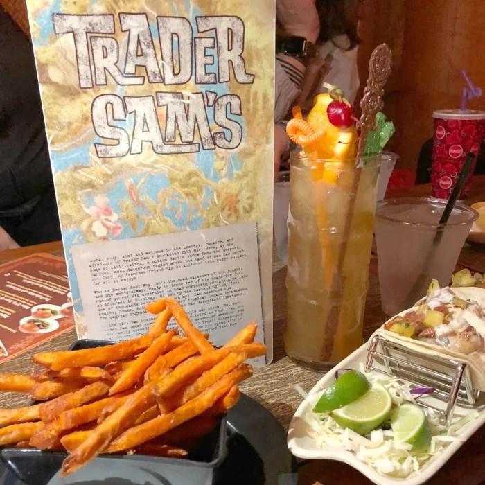 Disneyland Hotel - Trader Sams